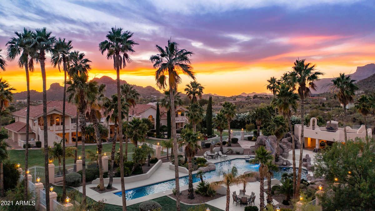 $3,950,000 - 7Br/7Ba - Home for Sale in Mesa Del Oro Estates Unit I, Gold Canyon