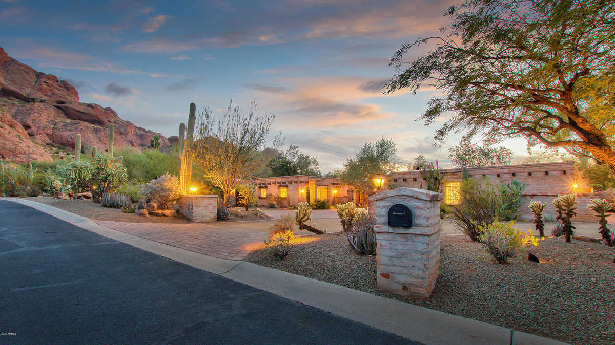 $16,000 - 5Br/4Ba - Home for Sale in Camelback Ranchos, Paradise Valley