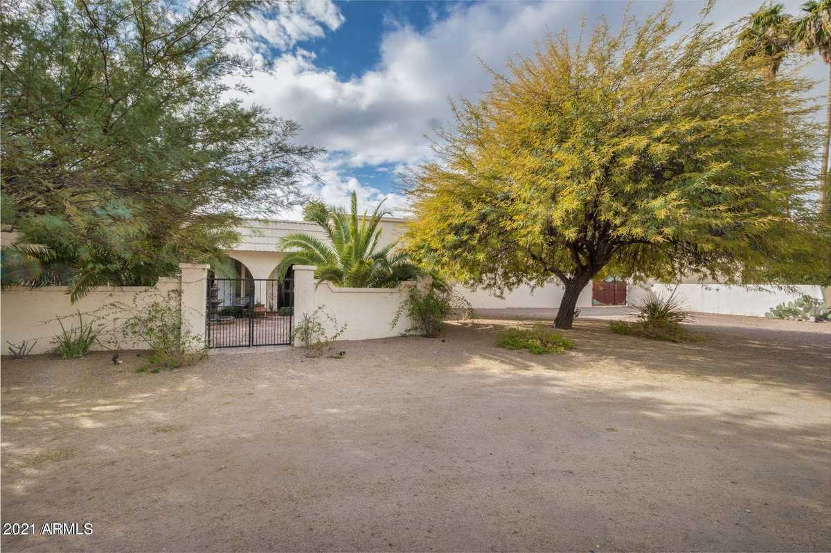 $6,500 - 4Br/3Ba - Home for Sale in Mockingbird Lane Estates, Paradise Valley
