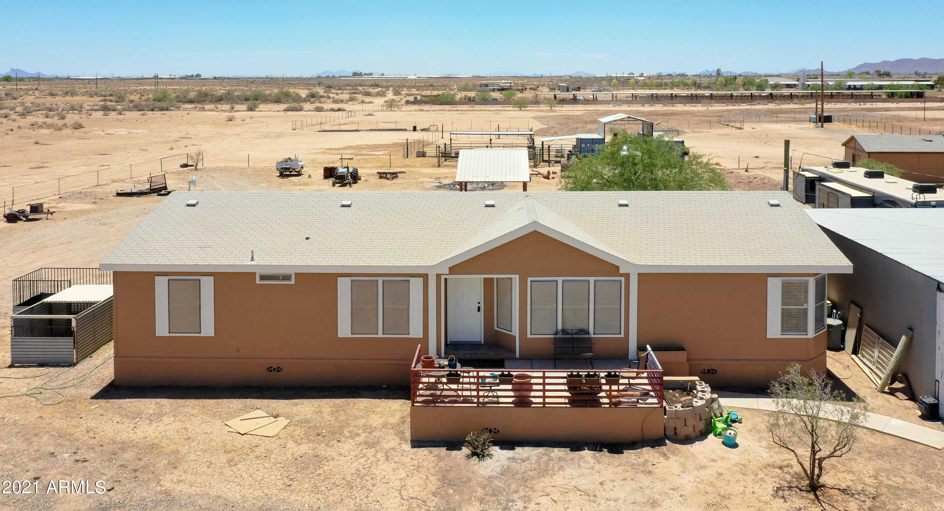 $299,900 - 3Br/2Ba -  for Sale in Long Legal Metes & Bounds See Documents, Casa Grande