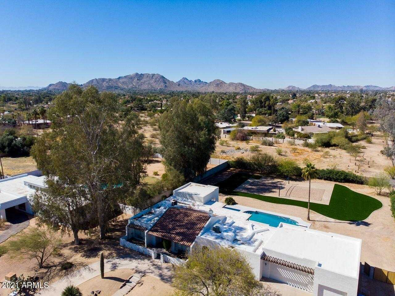$1,295,000 - 4Br/3Ba - Home for Sale in Tierra Feliz North Unit 2, Paradise Valley