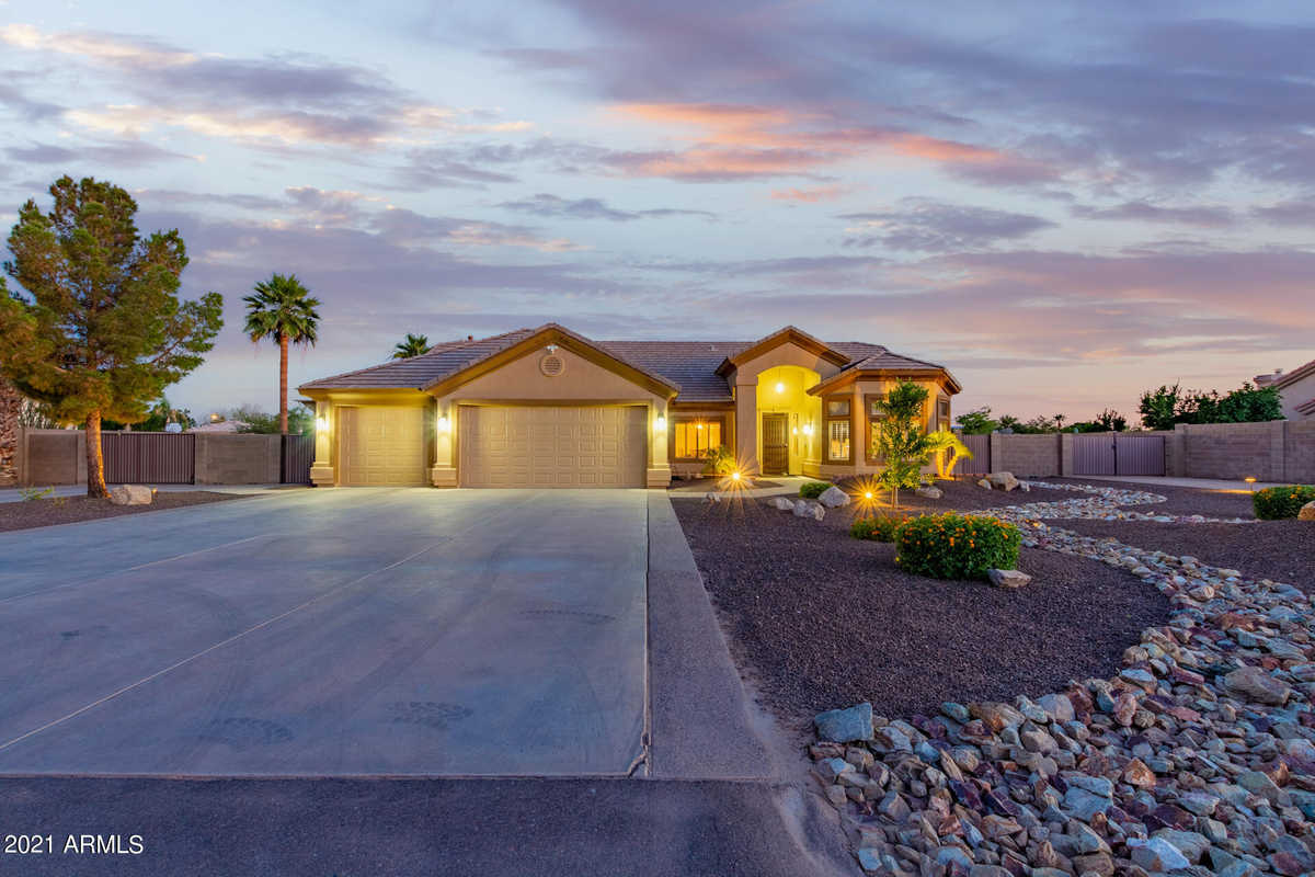 $1,075,000 - 4Br/3Ba - Home for Sale in Unknown, Peoria