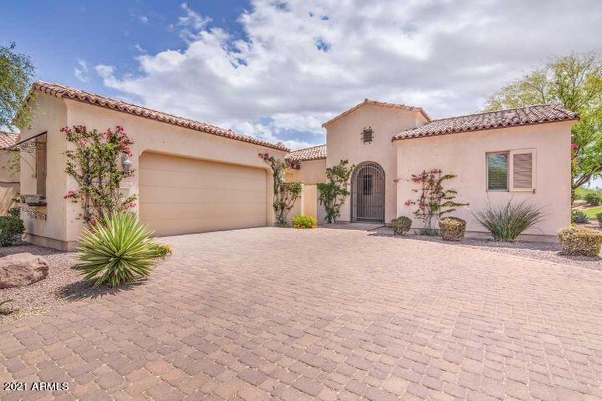 $719,900 - 3Br/3Ba -  for Sale in Superstition Mountain, Gold Canyon
