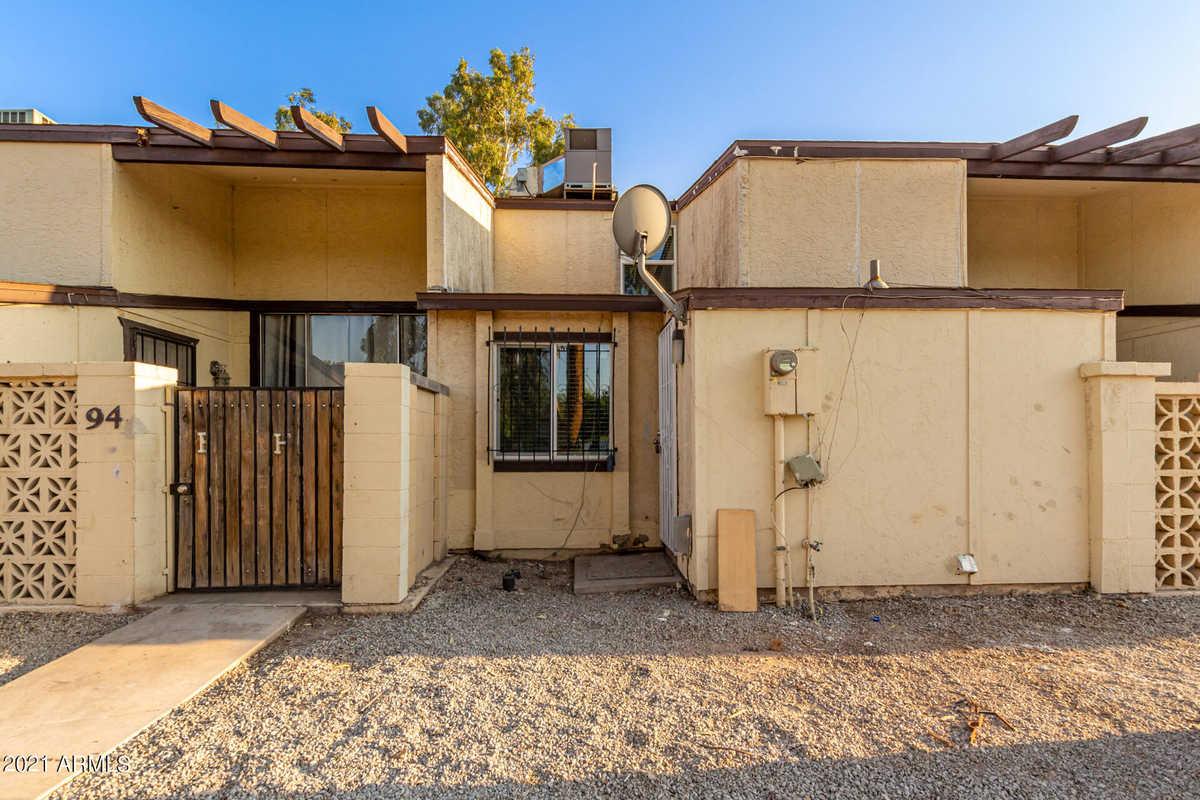 $169,900 - 2Br/2Ba -  for Sale in Cypress Gardens 3 Amd, Phoenix