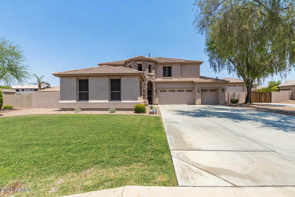 $650,000 - 5Br/3Ba - Home for Sale in Missouri Ranch, Glendale