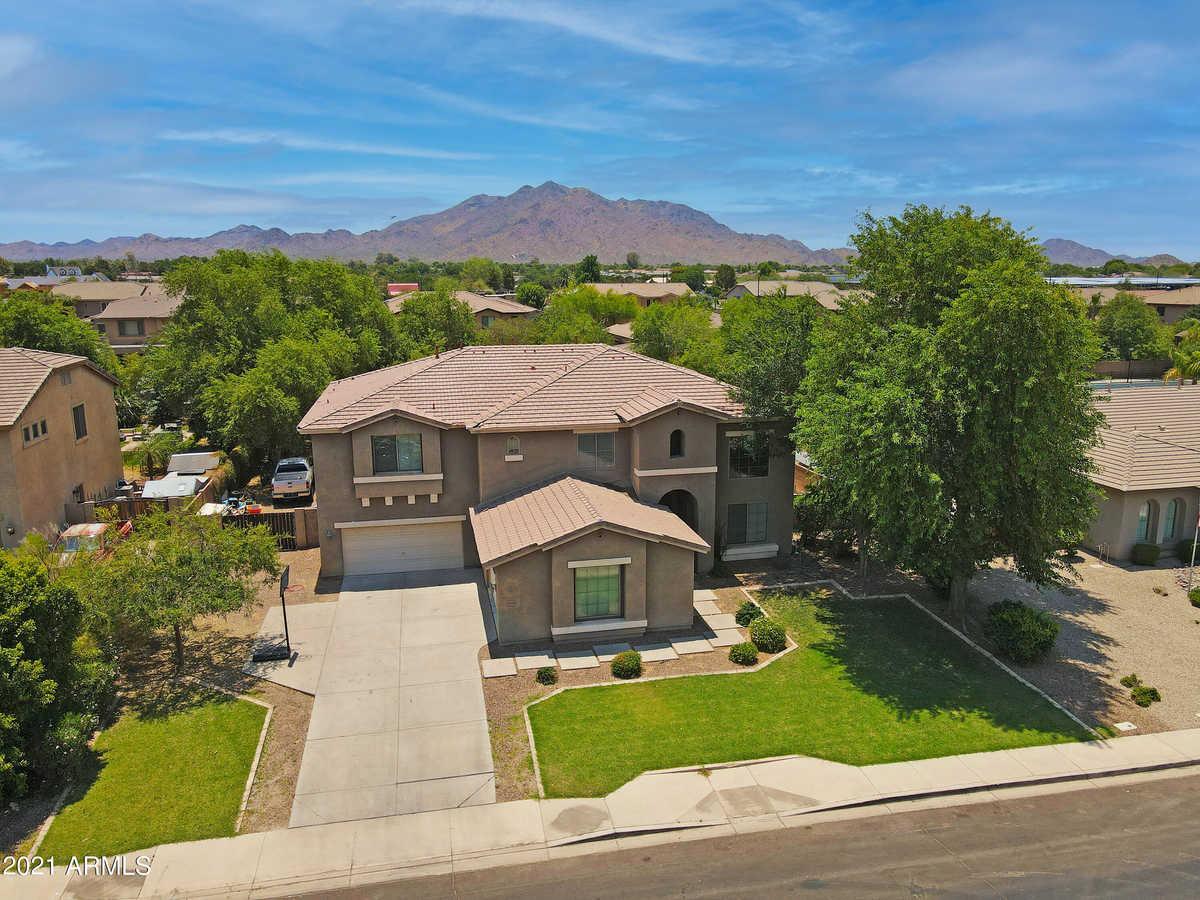 $945,000 - 5Br/4Ba - Home for Sale in Seville Parcel 20, Gilbert