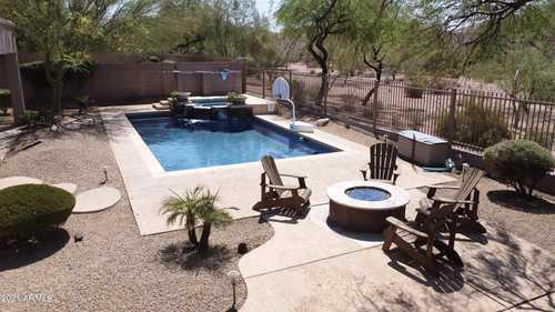 $1,050,000 - 5Br/3Ba - Home for Sale in Desert Ridge, Phoenix