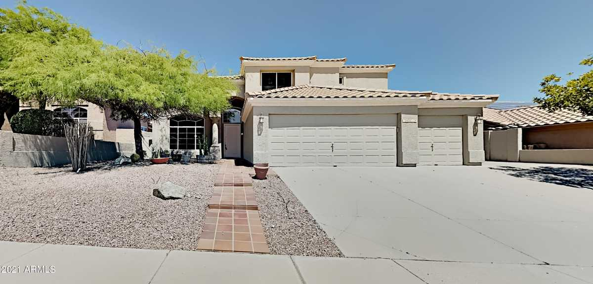 $699,900 - 4Br/3Ba - Home for Sale in Foothills Club West Parcel 16c, Phoenix