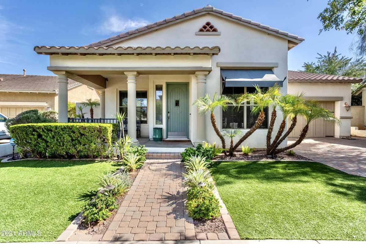 $645,000 - 4Br/3Ba - Home for Sale in Verrado Parcel 4.609, Buckeye