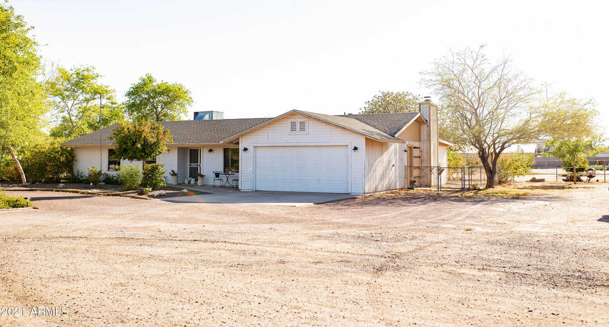 $579,500 - 4Br/2Ba - Home for Sale in Metes And Bounds, Peoria