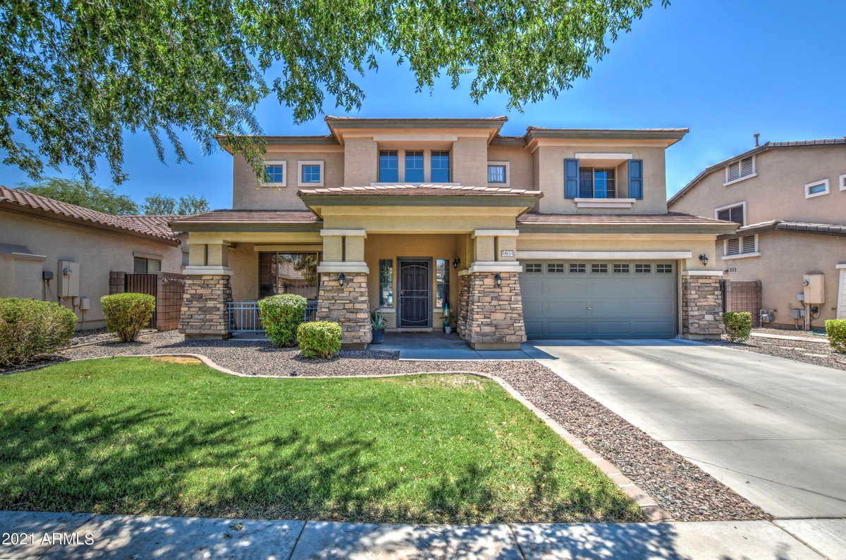 $575,000 - 5Br/3Ba - Home for Sale in Cortina Parcel 1, Queen Creek