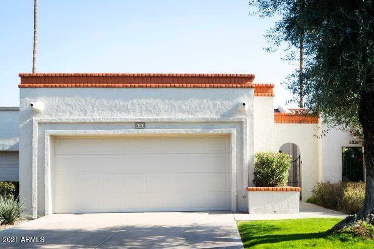 $435,000 - 2Br/2Ba -  for Sale in Scottsdale In Towne Villas, Scottsdale