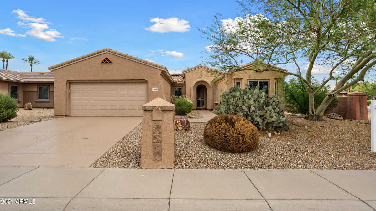 $600,000 - 2Br/3Ba - Home for Sale in Sun City Grand Patagonia, Surprise