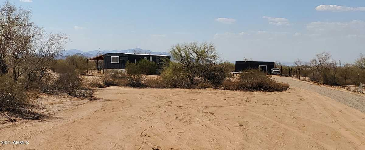 $129,999 - 2Br/2Ba -  for Sale in Hidden Valley Estates Unit No 1, Maricopa