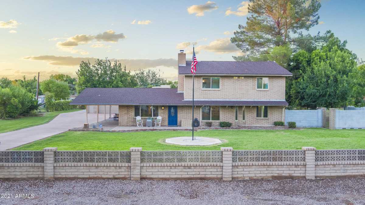 $725,000 - 4Br/4Ba - Home for Sale in Thunderbird Acres 1, Glendale