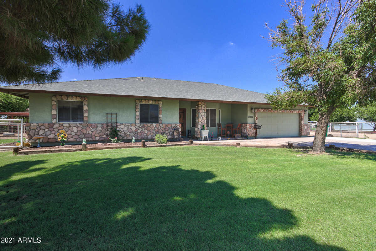 $699,999 - 4Br/2Ba - Home for Sale in Chandler Heights Citrus Tract, Queen Creek