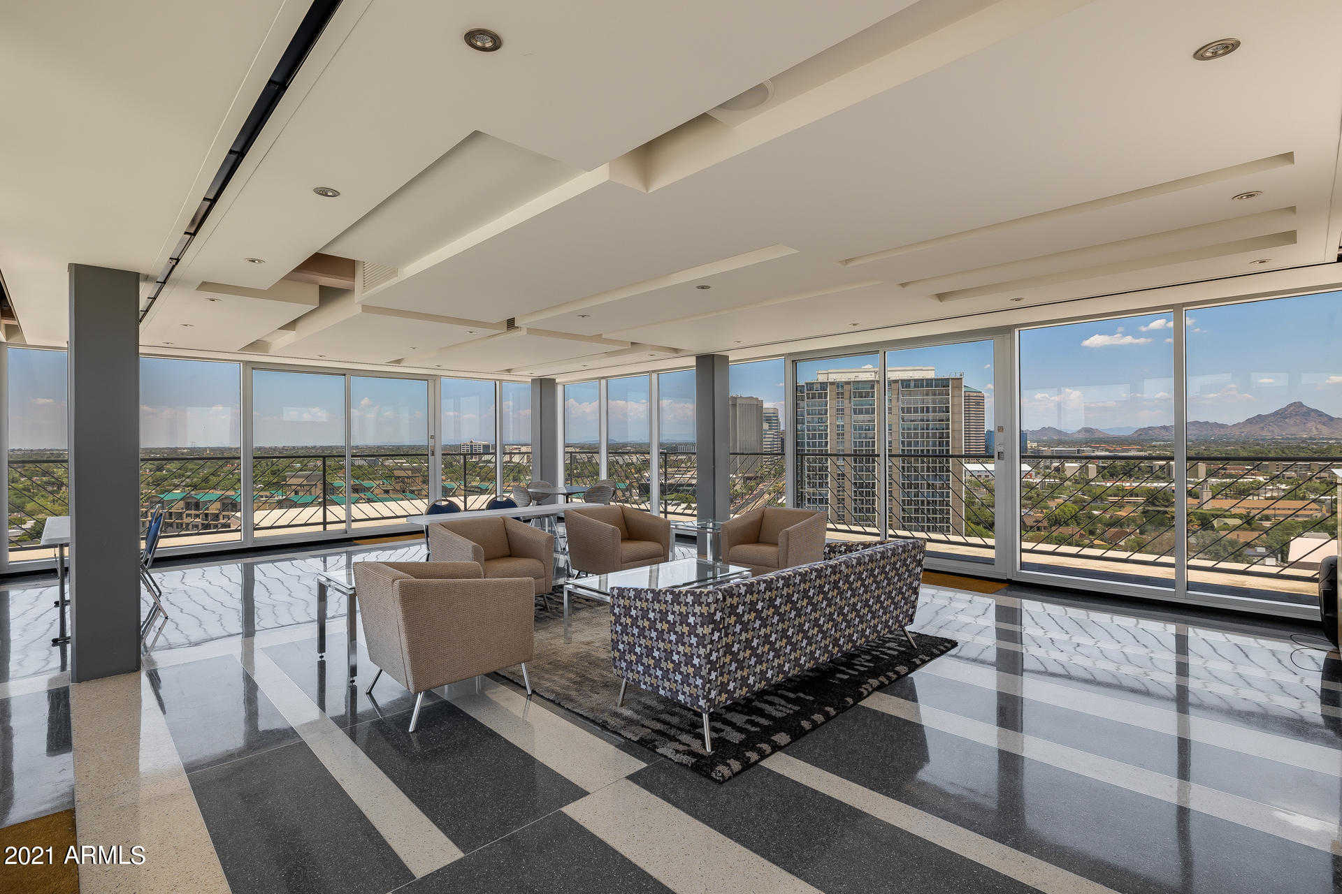 $349,000 - 2Br/2Ba -  for Sale in Phoenix Towers Los Olivos 55-60, Phoenix