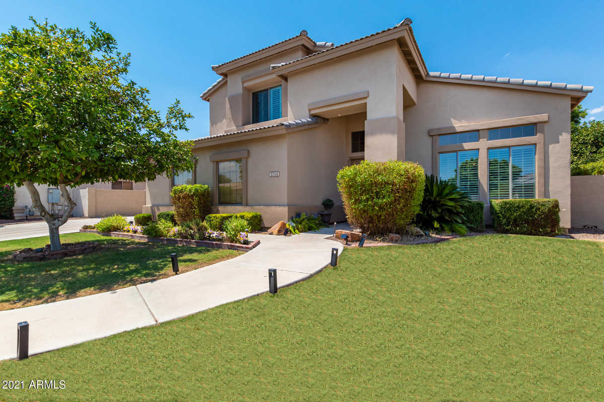 $699,900 - 6Br/3Ba - Home for Sale in Harris Park, Mesa