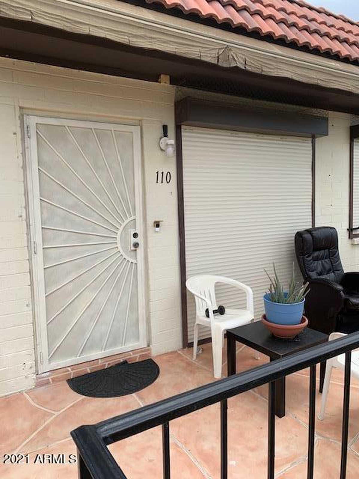 $182,500 - 2Br/2Ba -  for Sale in Villas Del Valle Venados Condominium, Phoenix