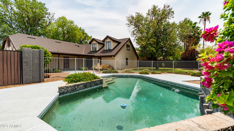 $775,000 - 4Br/3Ba - Home for Sale in Graystone Lt 1-77 Tr A-e, Tempe