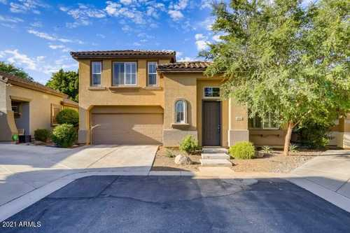 $375,000 - 3Br/3Ba - Home for Sale in Gardens At South Mountain, Phoenix