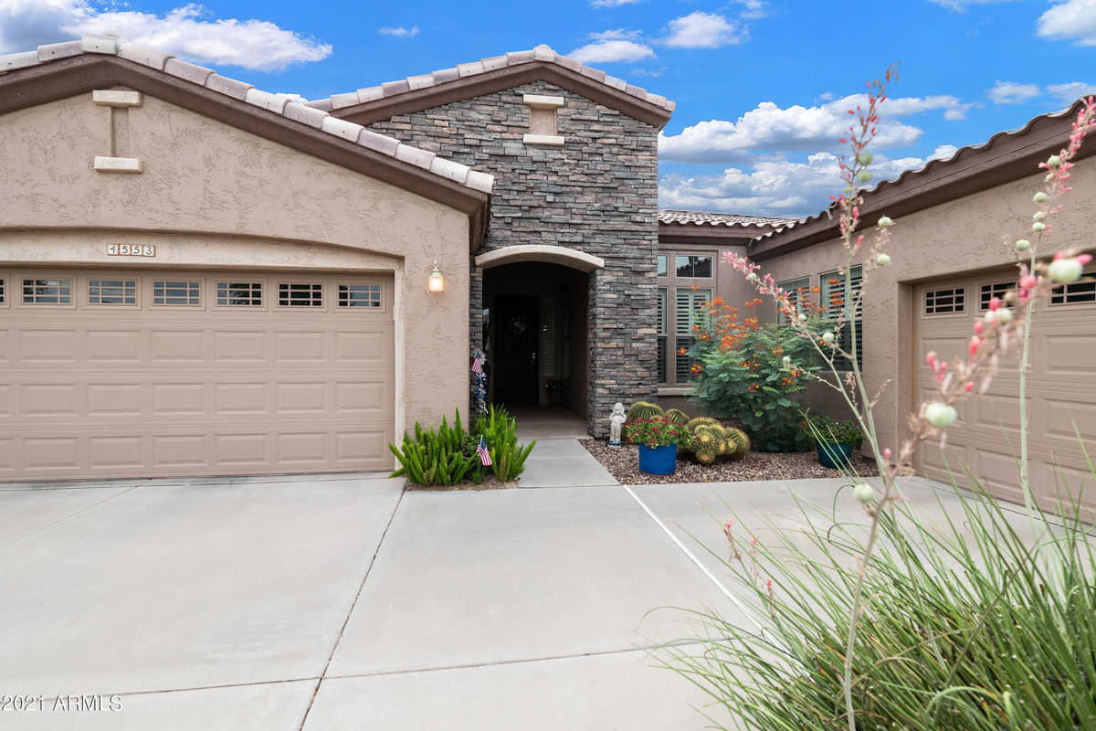 $745,000 - 3Br/3Ba - Home for Sale in Trilogy At Power Ranch, Gilbert