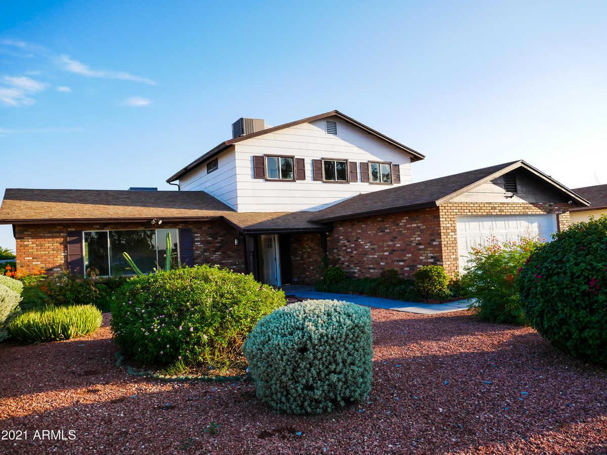 $399,900 - 4Br/3Ba - Home for Sale in Greenbrier Unit 8, Glendale