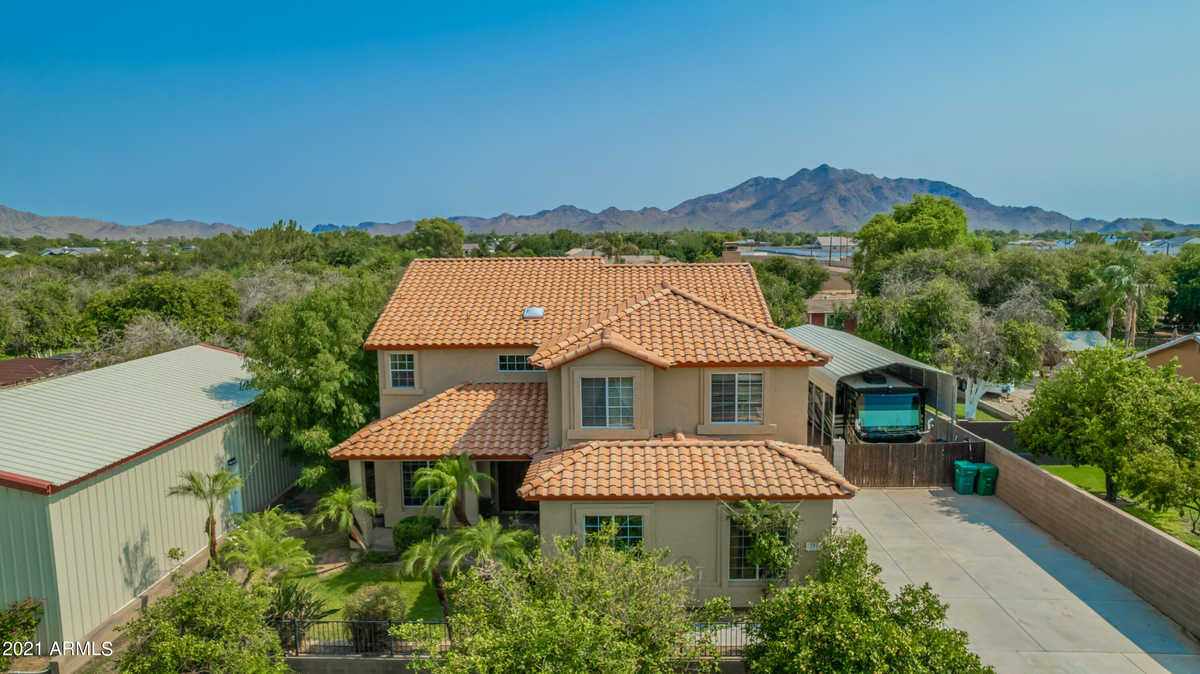 $995,000 - 5Br/3Ba - Home for Sale in Chandler Mesa Ranches, Gilbert