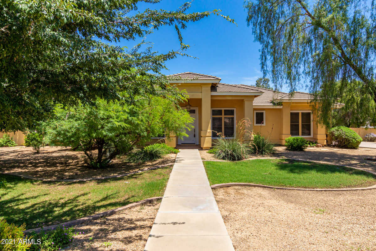 $799,500 - 4Br/3Ba - Home for Sale in Circle G At Queen Creek Unit 1, Queen Creek