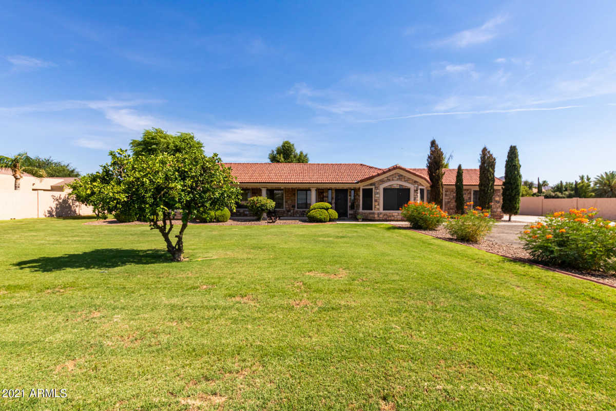 $1,075,000 - 4Br/3Ba - Home for Sale in Chandler Heights Citrus Tract Unit 3127, Queen Creek