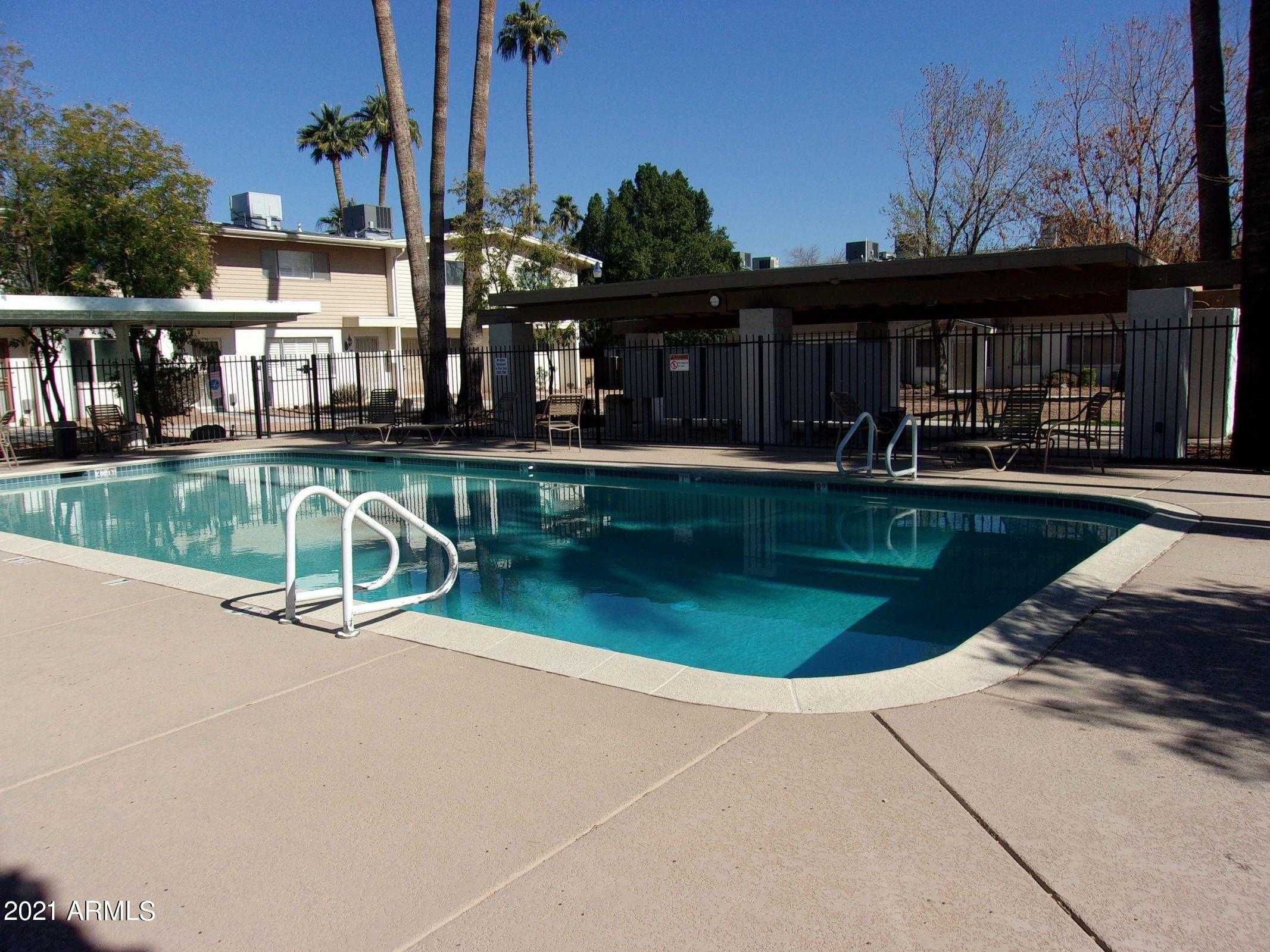 $90,000 - 1Br/1Ba -  for Sale in Scottsdale East Homes, Scottsdale