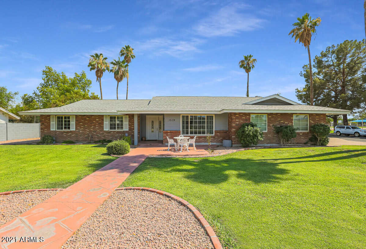 $550,000 - 4Br/2Ba - Home for Sale in Candlelight Estates, Mesa