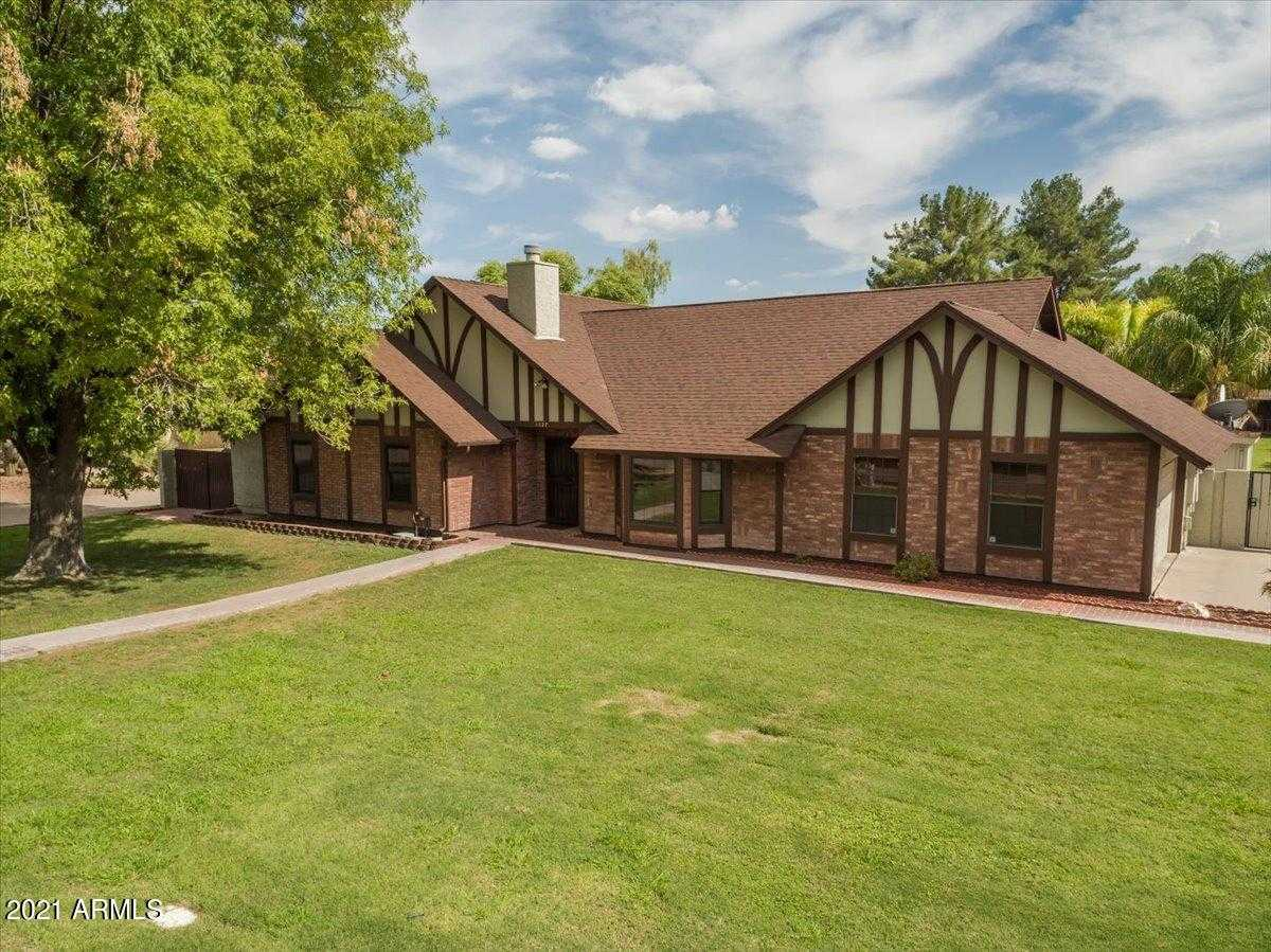 $1,250,000 - 5Br/3Ba - Home for Sale in Pheasant Ridge, Tempe