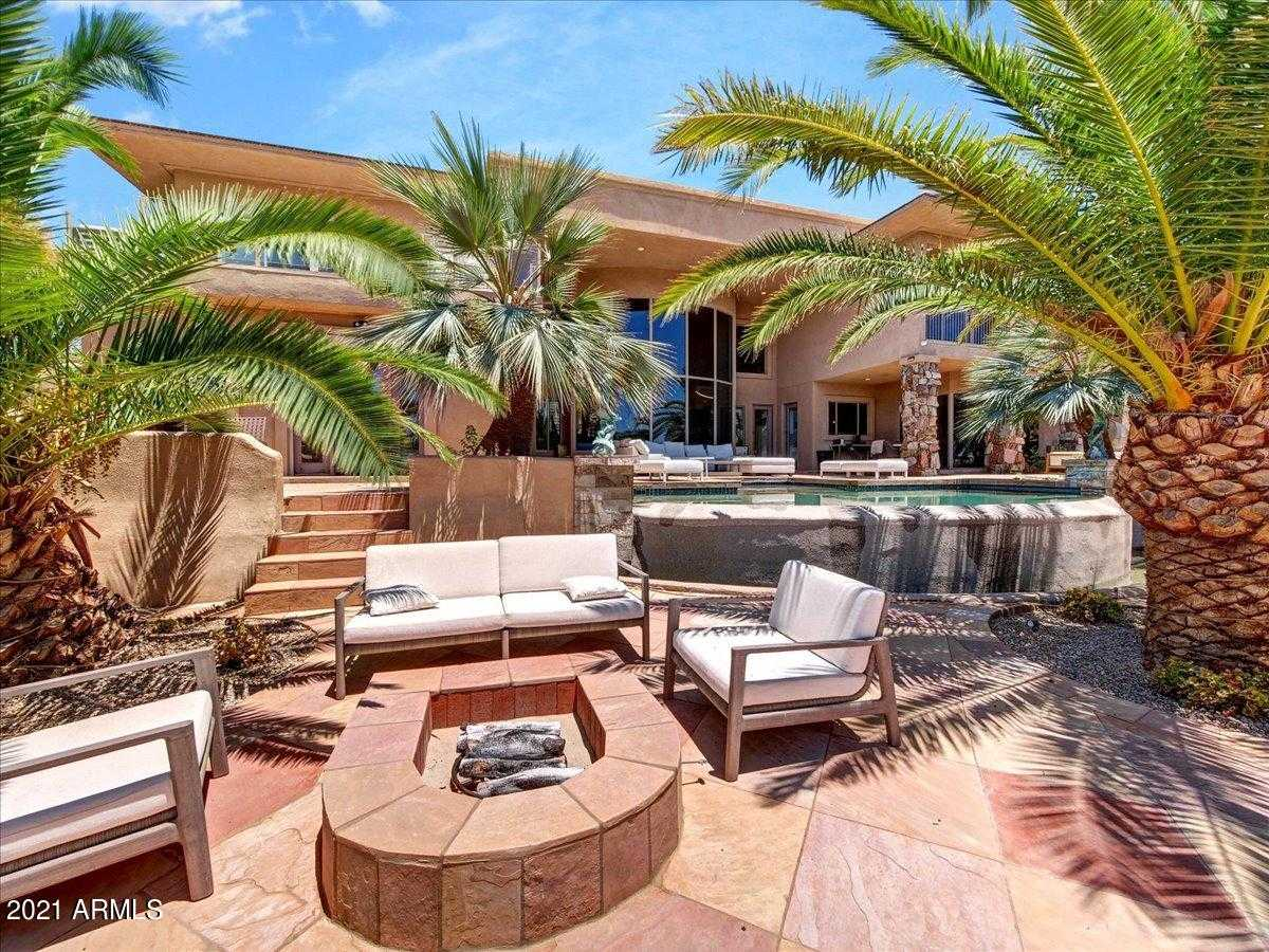 - 5Br/5Ba - Home for Sale in Camelback Foothills 2, Paradise Valley