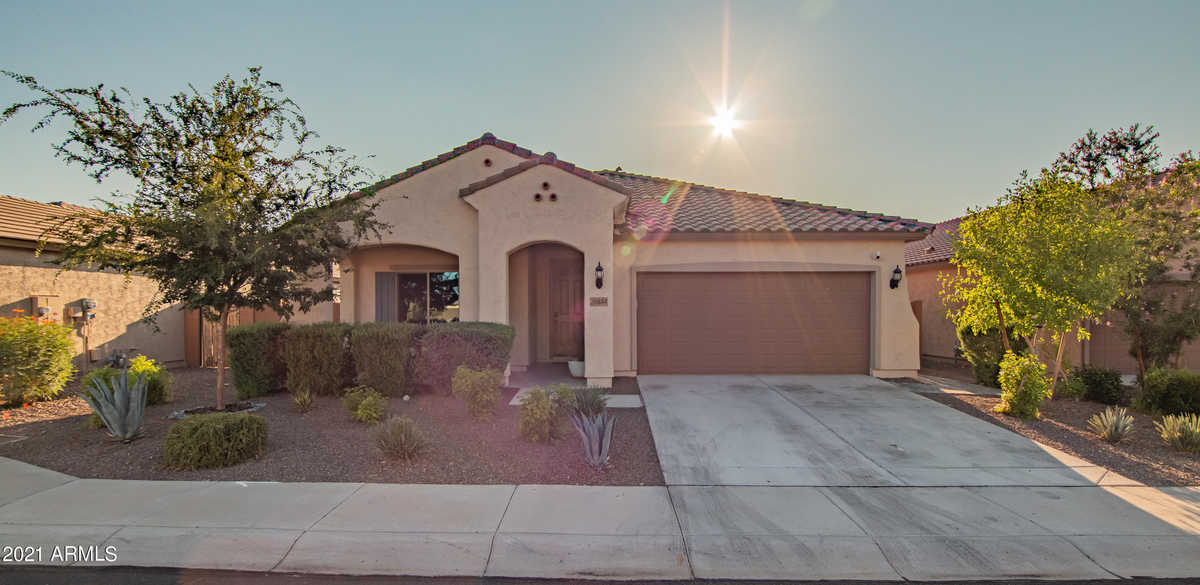 $499,000 - 4Br/2Ba - Home for Sale in Festival Foothills Phase 1, Buckeye