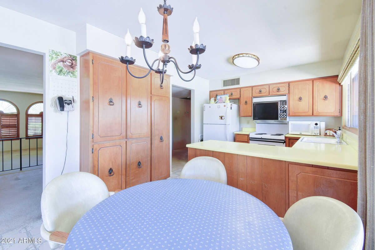 $550,000 - 4Br/2Ba - Home for Sale in Bradley Place, Tempe