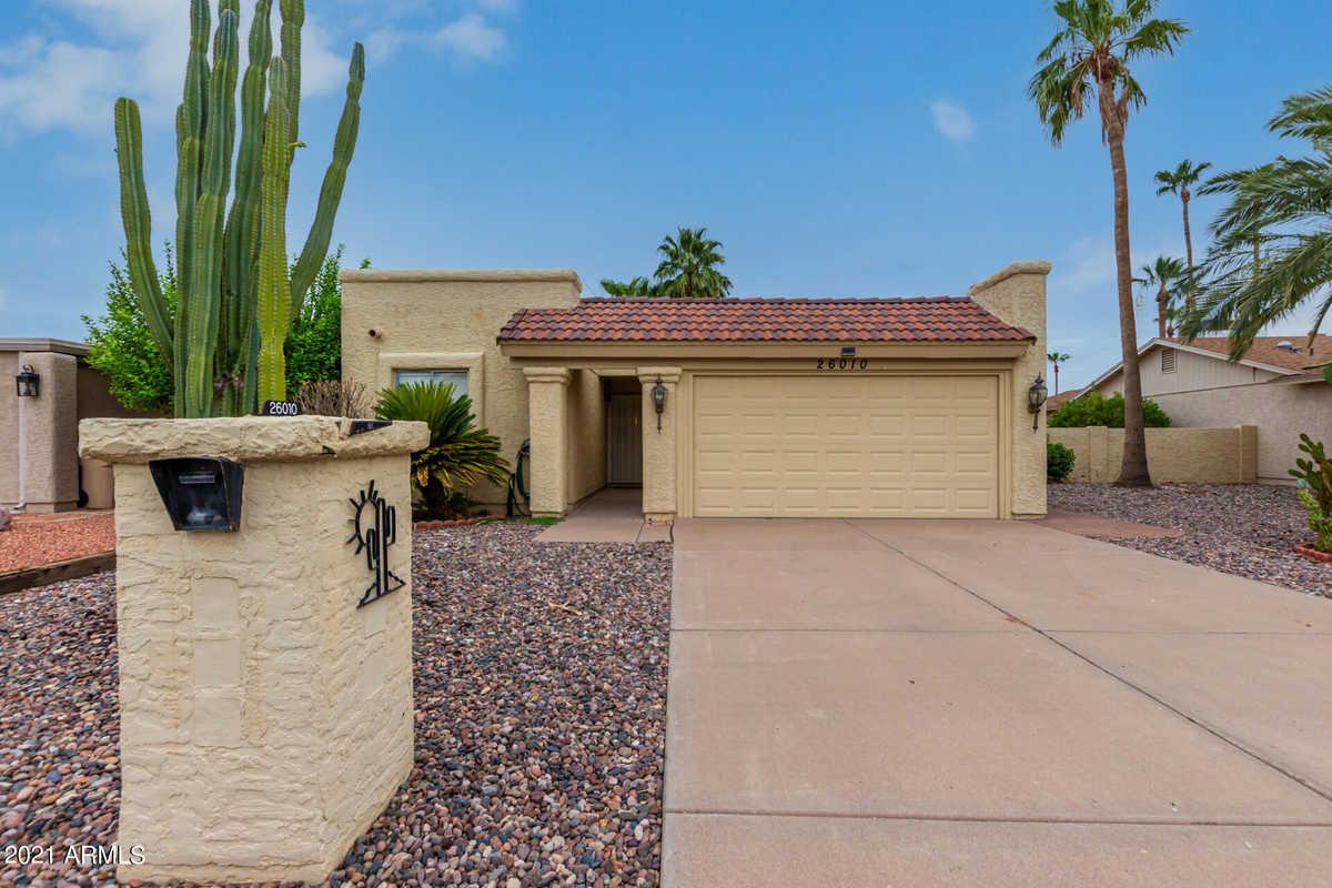 $330,000 - 2Br/2Ba - Home for Sale in Sun Lakes 12 Lot 1-212 Tr A-e, Sun Lakes