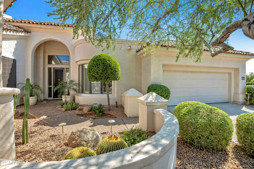 $1,099,999 - 3Br/2Ba - Home for Sale in Stonegate, Scottsdale