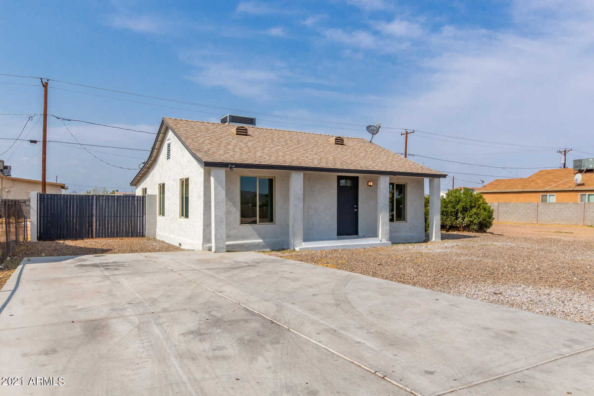 $324,900 - 4Br/2Ba - Home for Sale in Ben-jo Estates Lots 137-158, Phoenix