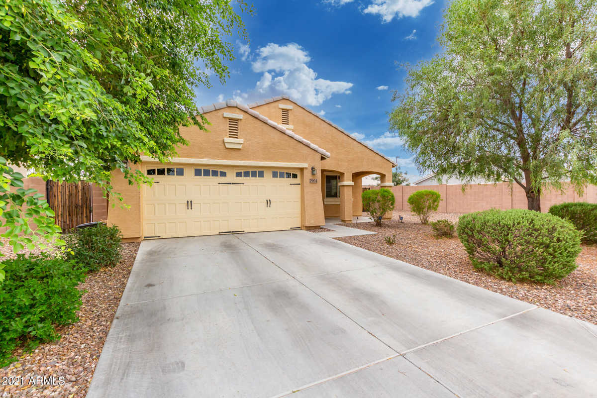 $515,000 - 4Br/2Ba - Home for Sale in Adora Trails Parcel 2a, Gilbert