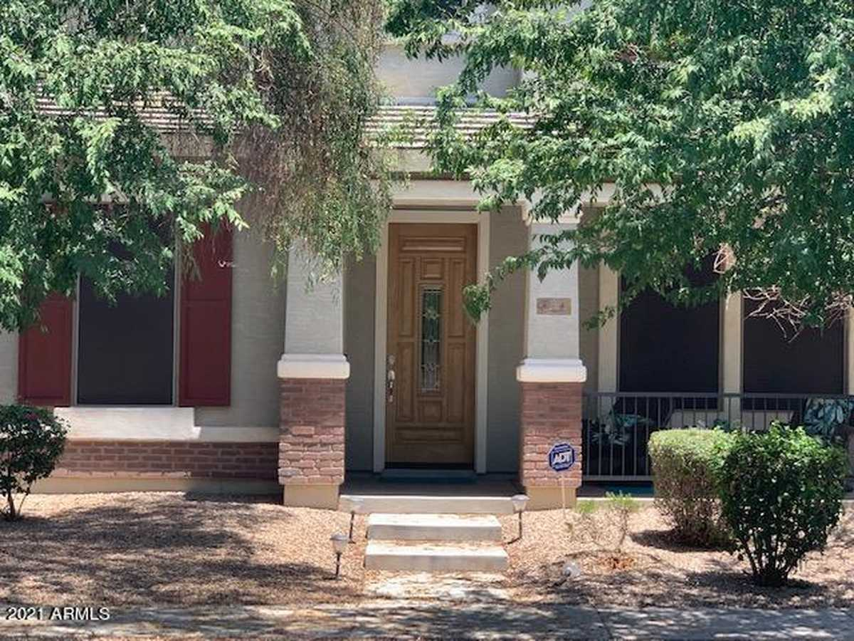 $599,000 - 4Br/4Ba - Home for Sale in Lyons Gate Phase 5, Gilbert