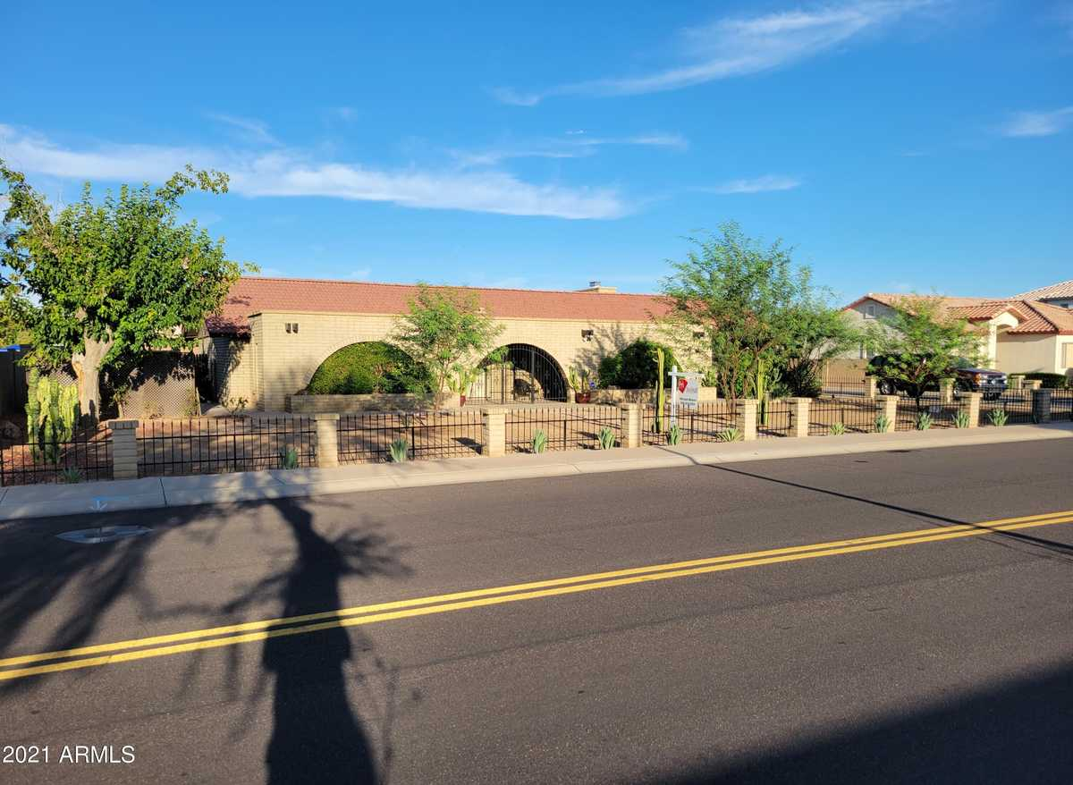 $529,000 - 3Br/2Ba - Home for Sale in Unk, Glendale