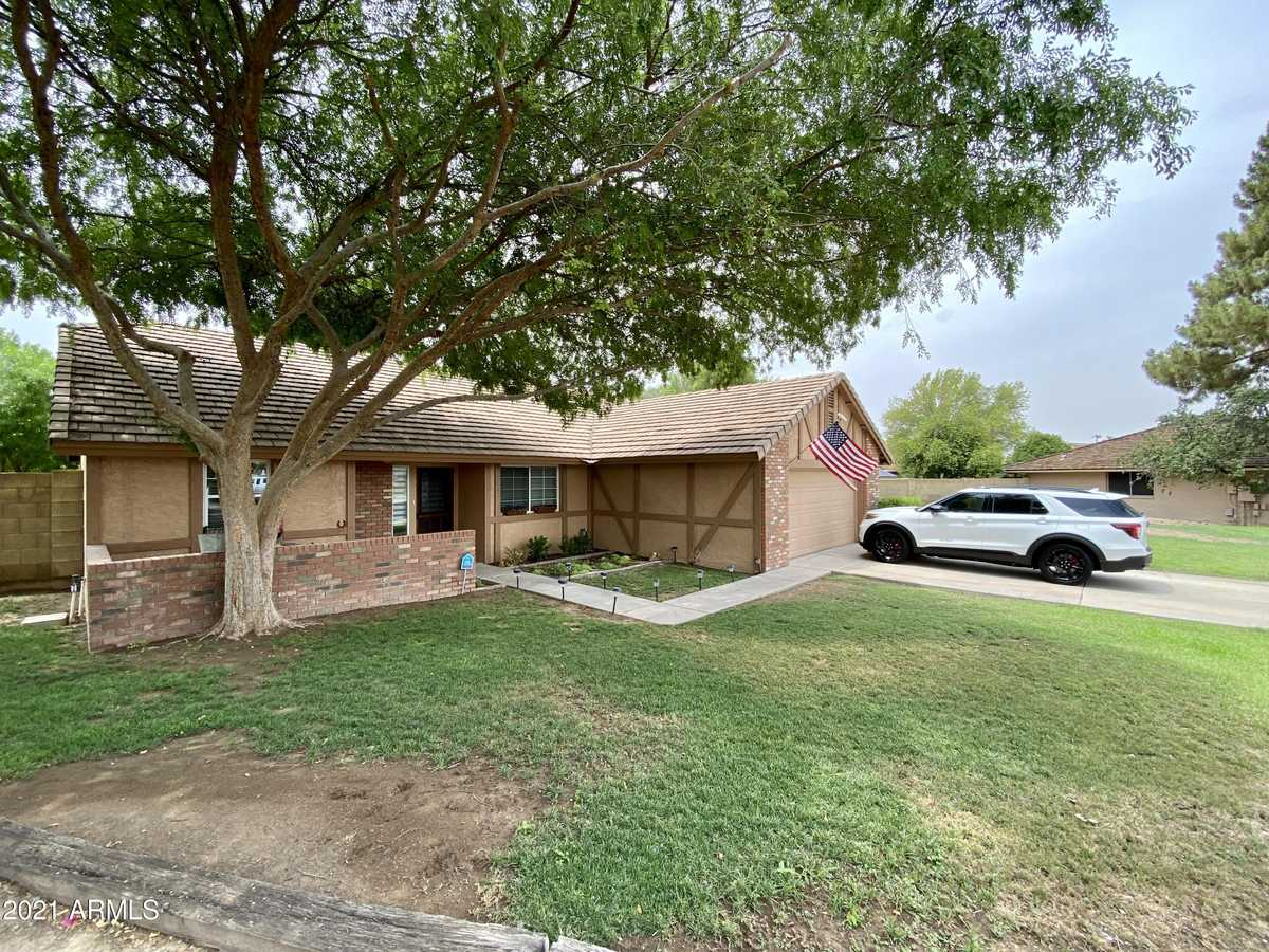 $450,000 - 3Br/2Ba - Home for Sale in West Bluff, Glendale