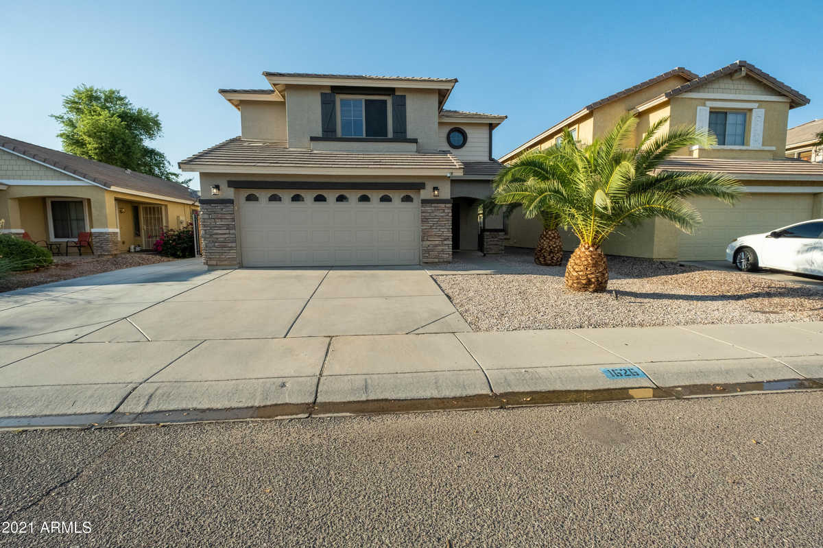 $420,000 - 5Br/3Ba - Home for Sale in Morning Sun Farms Unit 3, Queen Creek