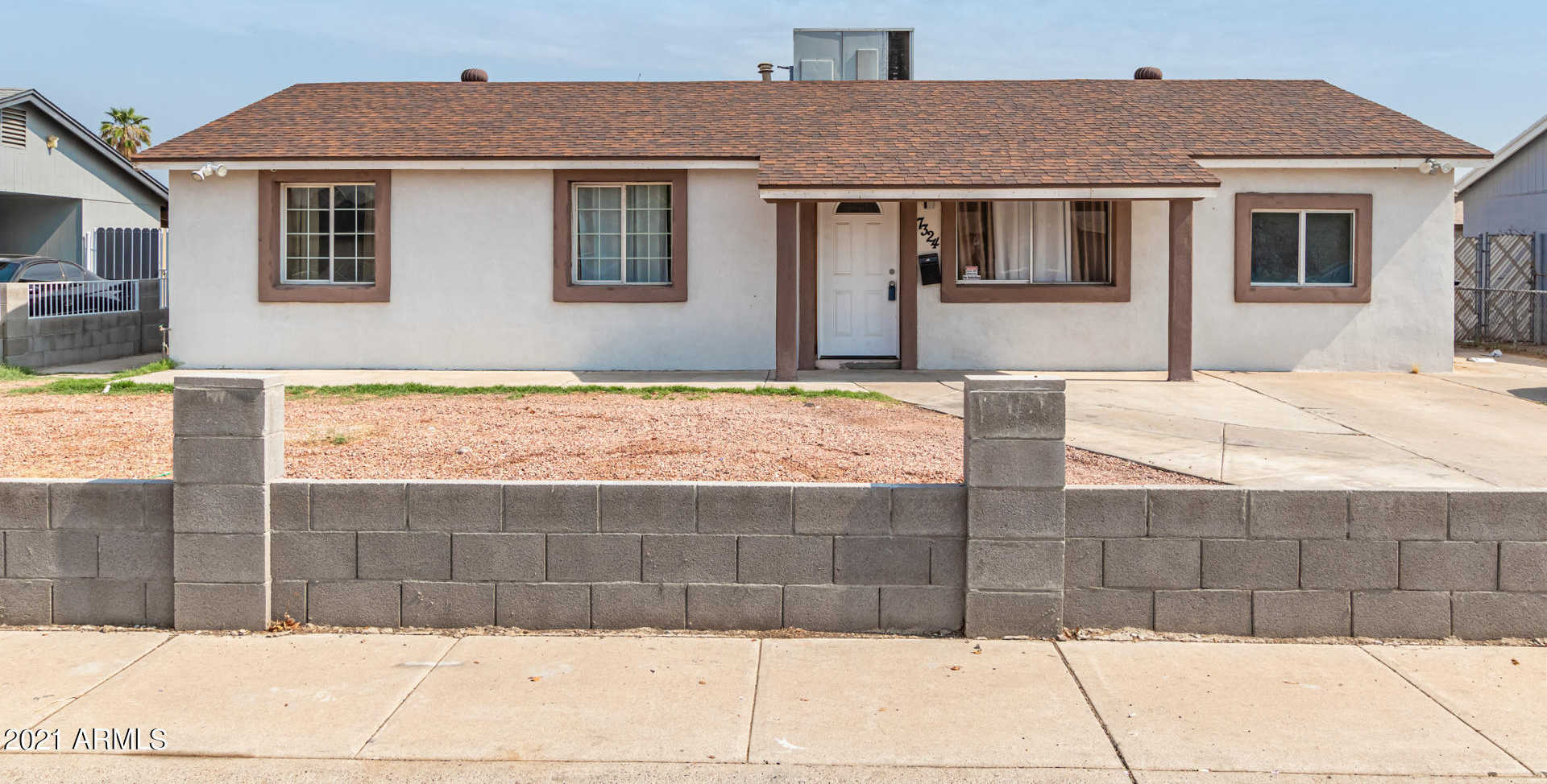 $350,000 - 5Br/3Ba - Home for Sale in Maryvale Terrace No. 35 West, Phoenix