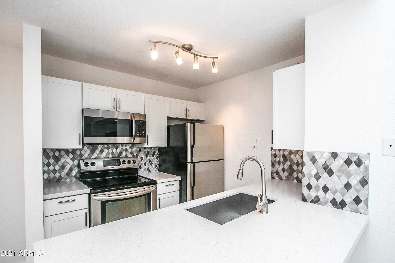 $209,900 - 1Br/1Ba -  for Sale in Woodland Springs, Scottsdale