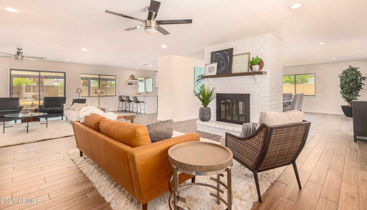 $699,900 - 4Br/2Ba - Home for Sale in Heatherwood Unit 2, Scottsdale
