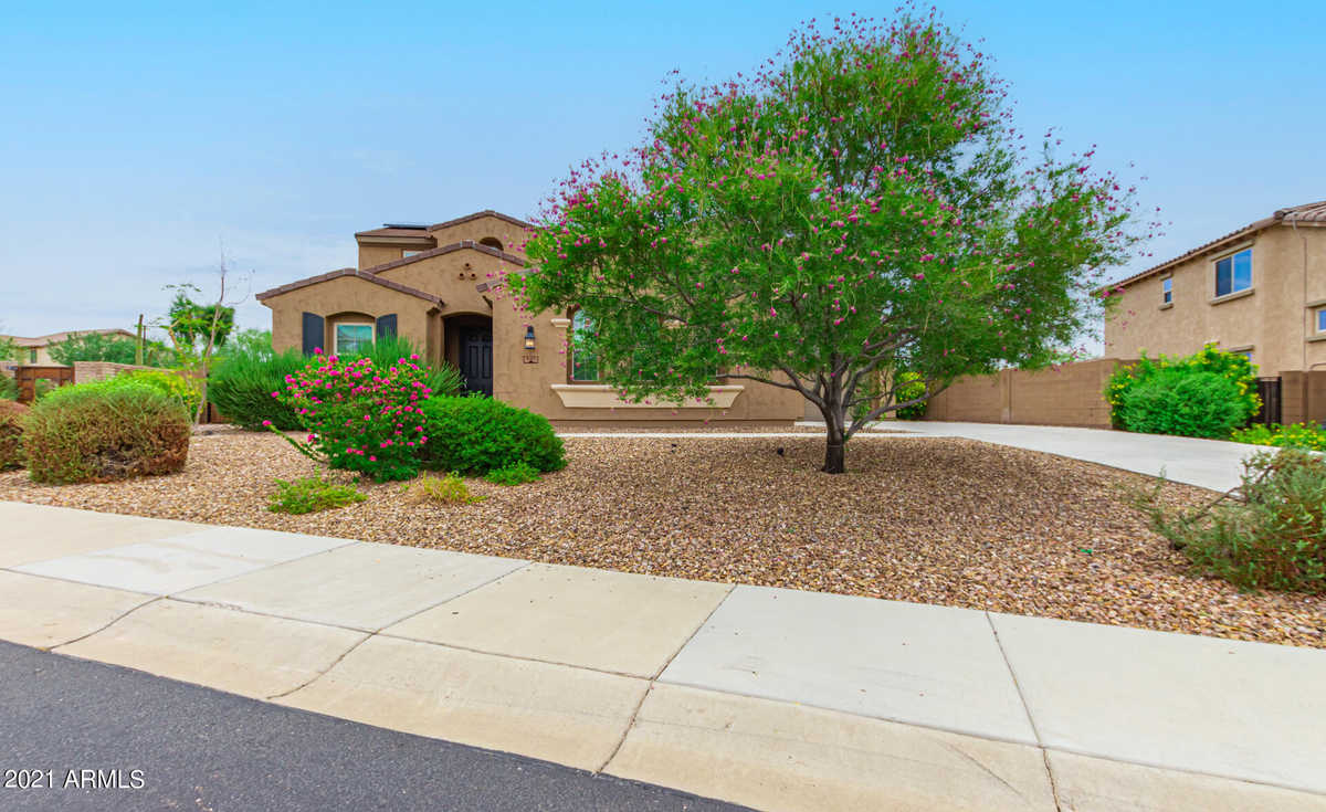 $810,000 - 4Br/3Ba - Home for Sale in Vistancia Village A Parcel G5 Replat, Peoria