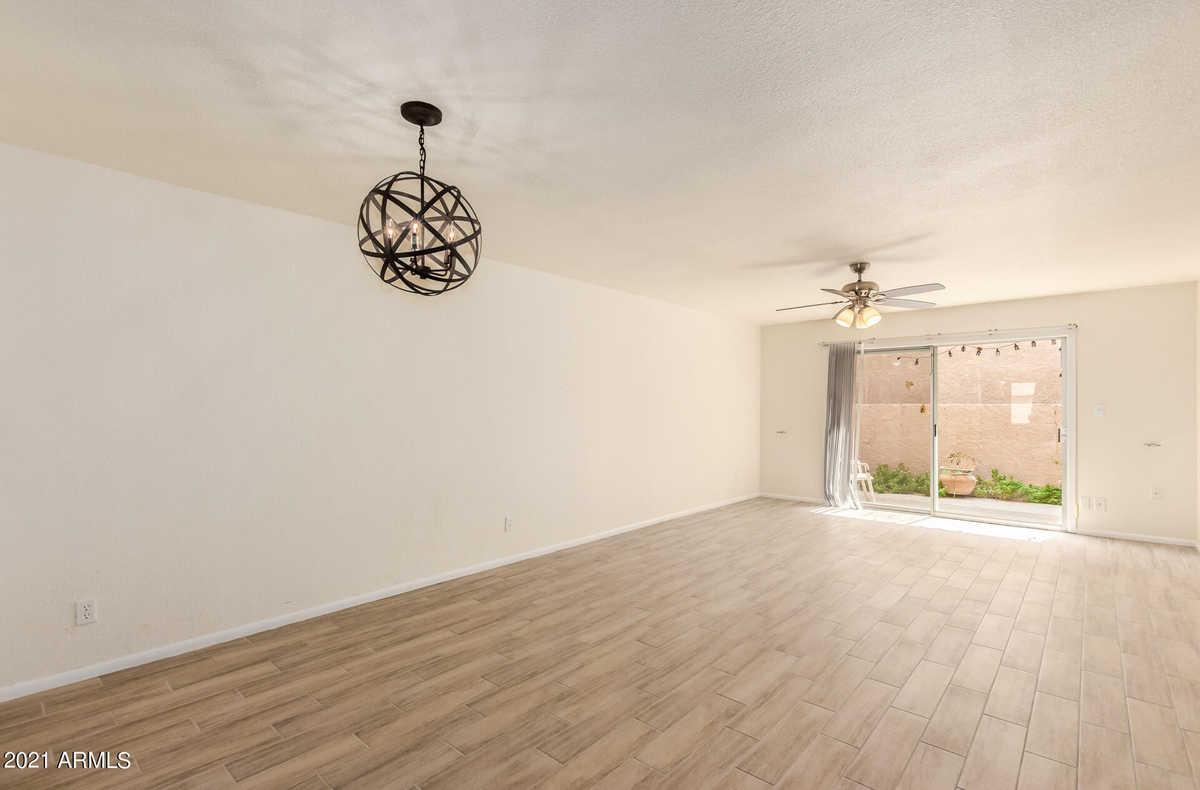 $259,900 - 2Br/2Ba -  for Sale in Fountain Of The Sun Condominiums Unit 2, Mesa