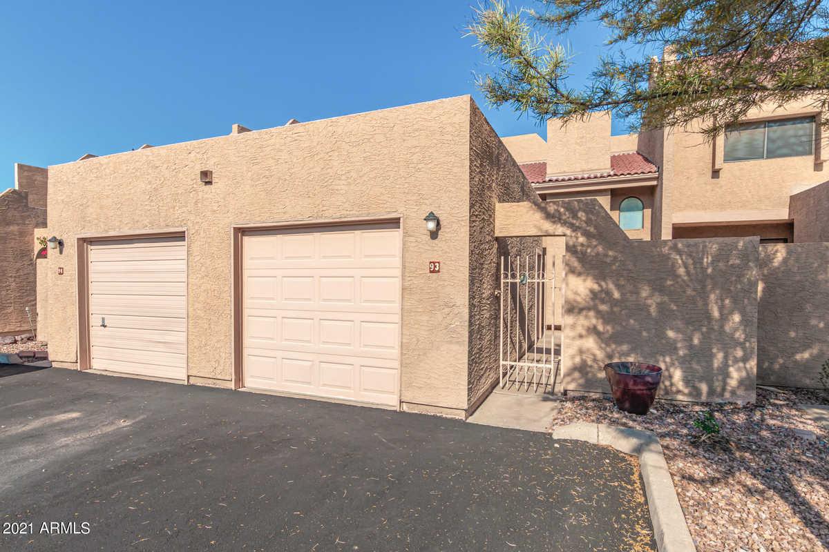 $310,000 - 2Br/2Ba -  for Sale in Lake Park Development Unit 1 2nd Amd, Mesa